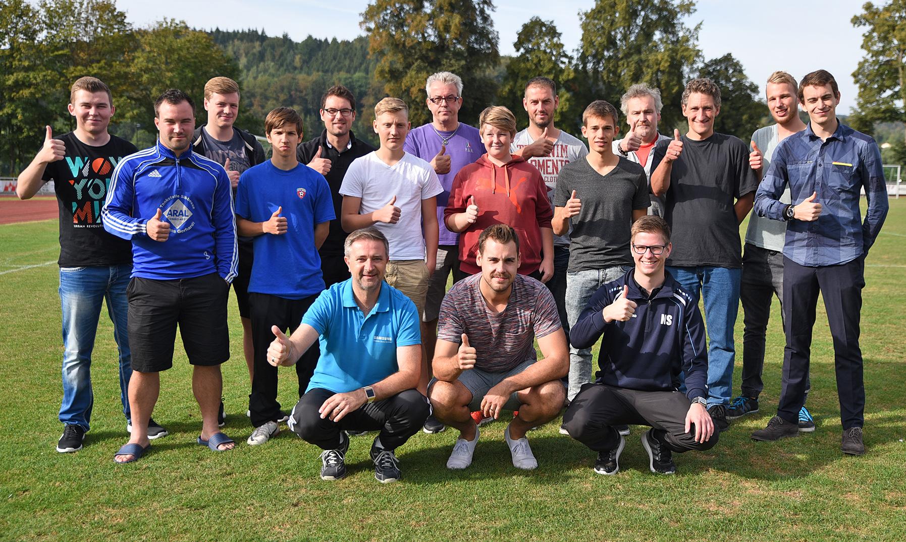 14 neue Schiedsrichter, 2016 in Alfeld