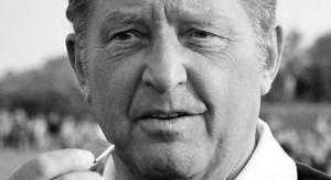 (c)imago Ex-Schiedsrichter Schulenburg: Lange Laufbahn auf dem Fußballplatz