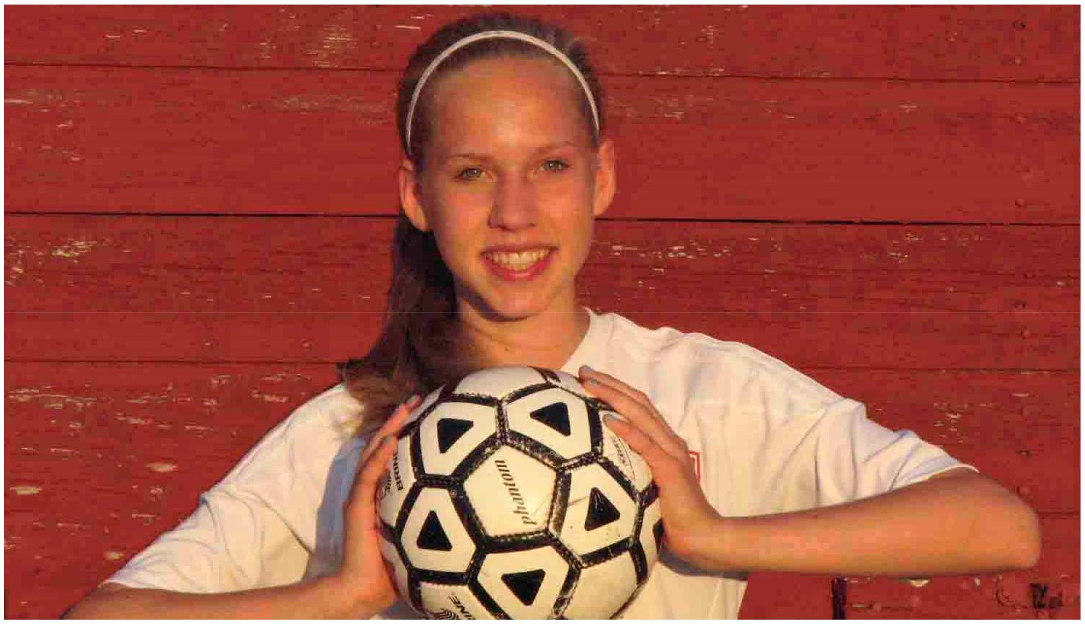 Ein Ball verbindet – Lebensretter für Caro gesucht