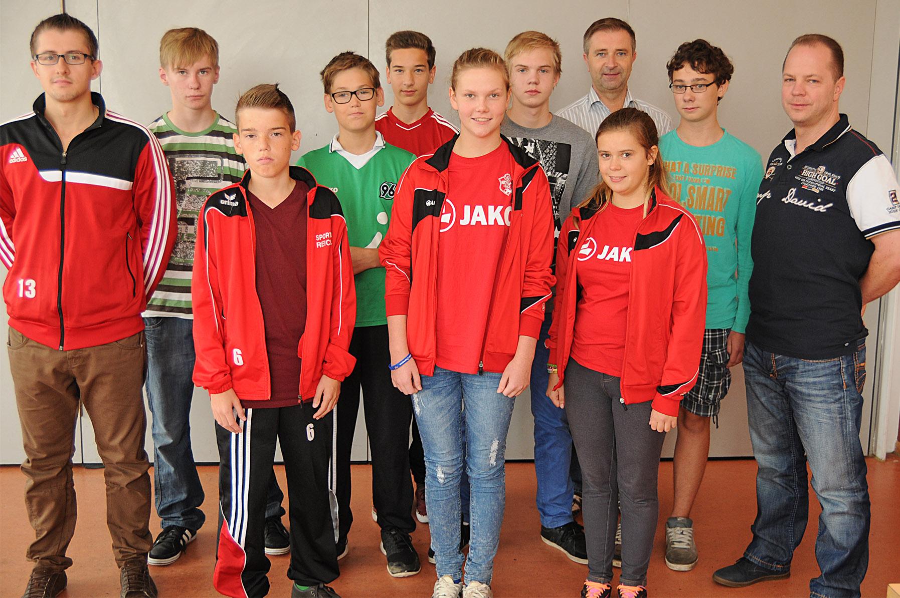 Der NFV-Kreis Hildesheim begrüßt weitere neun neue Schiedsrichter.