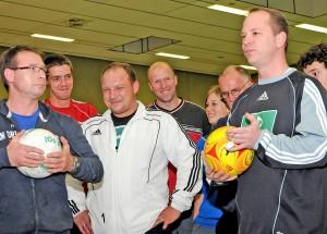 Zu den Aufgaben von Marcus Schierbaum gehören auch Futsal-Lehrgänge, um Schiedsrichter mit den Regeln vertraut zu machen.