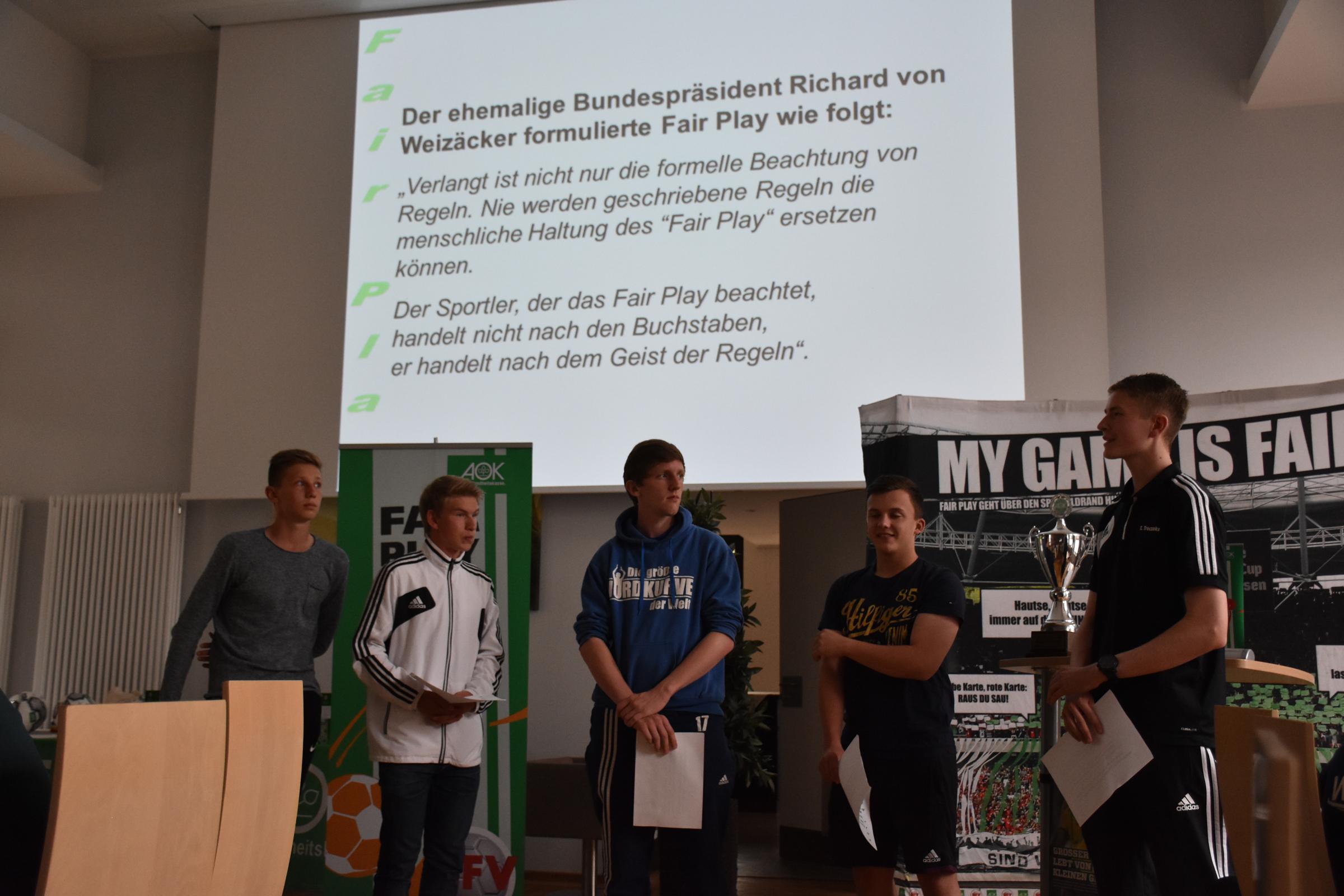 Fair-Play-Cup 2015, Benjamin Zink beim Vortrag